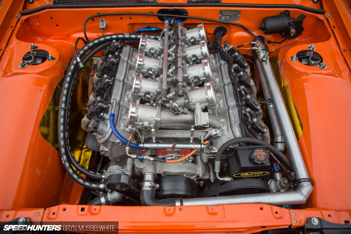 a-Driftworks-AE86-V8-65-1200x800